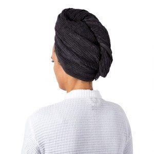 sivi peskir za kosu